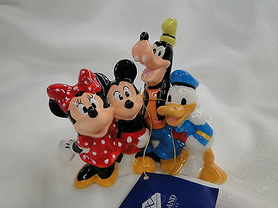 New Westland Giftware DISNEY MICKEY MOUSE AND FRIENDS Salt & Pepper Shakers