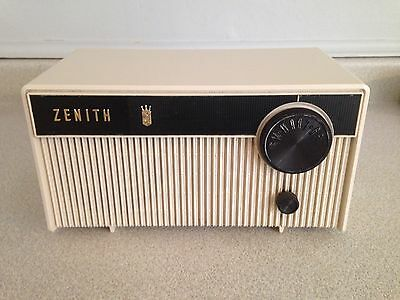 Vintage 1961 Zenith Tube Radio Model F508, Ivory In Colour.