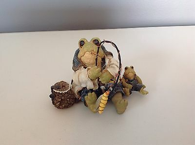 Boyds Bears and Friends Frogmorton and Tad Fly Fishing 1998 Frog Figurine