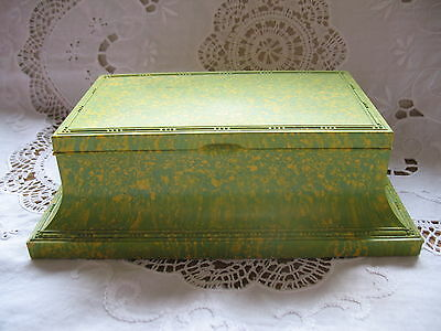 Vintage Art Deco Bakelite Marbled Green Box Casket