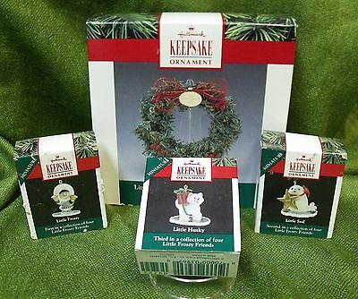 Hallmark 1990 Little Frosty Friends Memory Wreath with Three Ornaments: Set Two