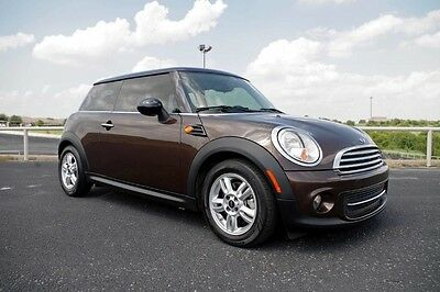 2012 Mini Cooper Hardtop 2012 Mini Cooper Hardtop Hot Chocolate Metallic Automatic One Owner Like New!