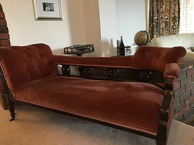 Antique Victorian Chaise Longue Sofa Settee With Ladies & Gentlemen's Chairs