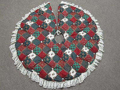 Quilted Handmade Christmas Tree Skirt Red Green Pattern 38 inches
