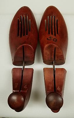 Pair Of Vintage Solid  Wood Shoe Tree  Strecher Forms 7  Vhtf