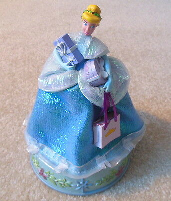Walt Disney's - CINDERELLA Musical Figurine / Music Box - Gemmy Industries
