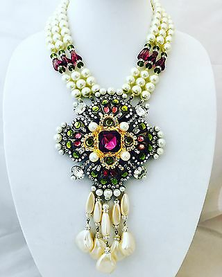 LAWRENCE VRBA Stunning Crystal Art Glass Pearl Flower Necklace