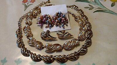 VINTAGE CORO 4 PIECE LOT Choker Style Necklace and Earrings Set Pearls And RS