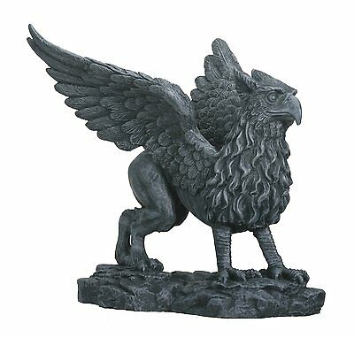 Griffin - Collectible Figurine Statue Sculpture Figure Gothic Monster