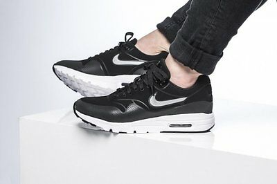 Nike Women's Air Max 1 Ultra Moire Black Metallic Silver 704995-001 New
