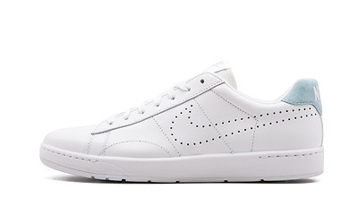 new concept 7471e d01b7 Nike Tennis Classic Ultra Leather Men s Shoes White Light Blue 749644-108  NEW