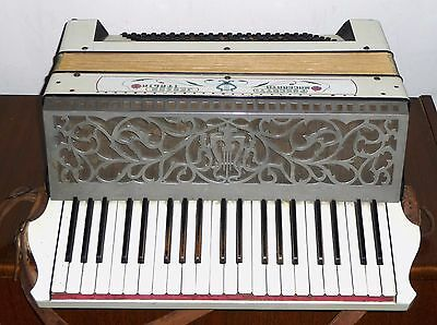 Beautiful antique Jedson accordion by Antonio Pancotti of Macerata Italy 80 bass