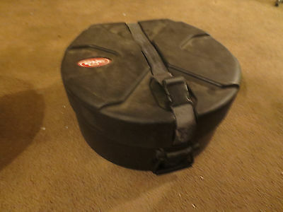 SKB Roto-X Snare  Drum Case  14x5 inches used