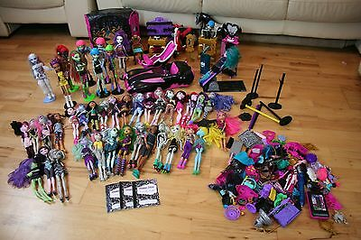 MONSTER HIGH DOLLS Draculaura Car, Scooter Lots of Accessories