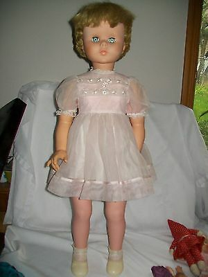"31""  32""  Vintage Doll Walker 1940's 1950's Original Fashion American Character"