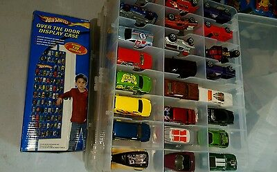 Hot Wheels Over the Door Folding Hanging Organizer Display Case W/ 120 mix cars