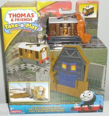 THOMAS & Friends Take-n-Play TOBY & THE SPOOKY BARN New