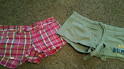 Juniors shorts lot - Max and Aeropostle . Size 3