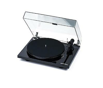 Pro-Ject Essential III Black - Turntable - Record Player - Ortofon OM 10 & Lid