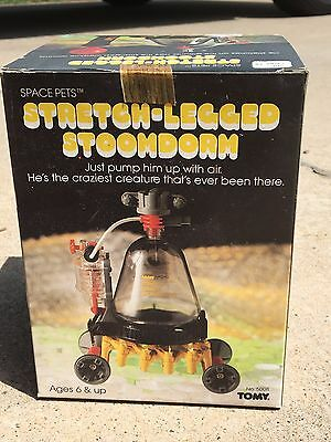 New Tomy 1982 Space Pets Stretch-Legged Stoomdorm Robot #5008         n5