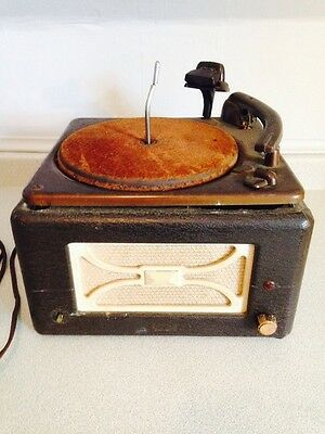 Antique Viking Electric Phonograph Model EMC3-416Z