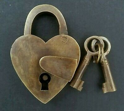 "Vtg. Style ♡ Love Valentine Heart Paris PADLOCK, 2 SKELETON Keys Brass  3""t. #L3"