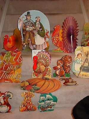 Vintage 14 Thanksgiving Die Cut Honeycomb Turkey Cardboard Figures