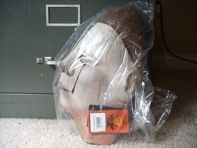 Halloween 2 Michael Myers Blood Tears Latex Adult Mask Never Worn w/ Tags
