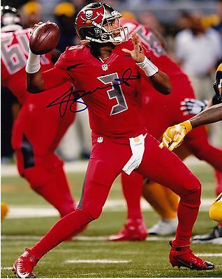 JAMEIS WINSTON  TAMPA BAY BUCCANEERS   ACTION SIGNED 8x10