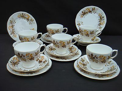 Vintage Royal Vale 18 Piece Tea Set Six Trios