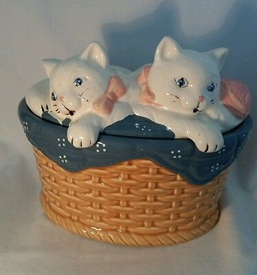 Cearmic Cats Cookie Jar, by Welcome Ind. 1988.