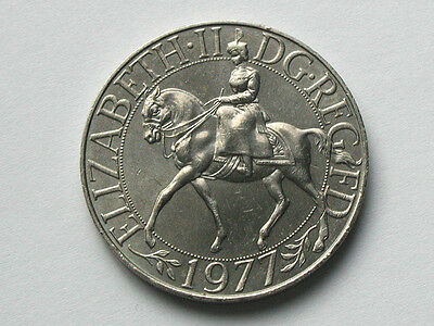 UK (Great Britain) 1977 25 Pence CROWN Coin with Queen Elizabeth II upon Horse