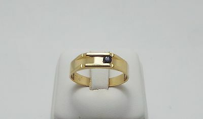 9ct YELLOW GOLD BLUE SAPPHIRE FLAT TOP RING - RING SIZE T