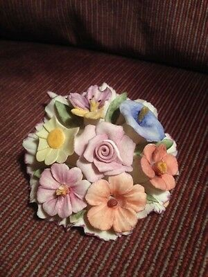 Vintage Capodimonte Small Flower Bouquet!   Italian Made!   Delicate Pastels!