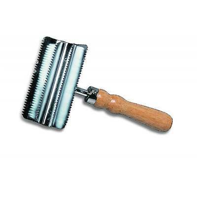 Cottage Craft Small Metal Curry Comb - No Colour - ONE