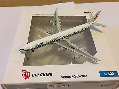 Air China Airbus A340-300 B-2390 Aircraft Model 1:500 Scale Herpa VERY RARE NEW