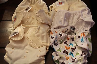 lot of 6 NEW cloth diaper covers (2 thirsties, 4 flip)