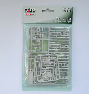 Kato N Scale 23-214 Traffic Signals and Road Signs
