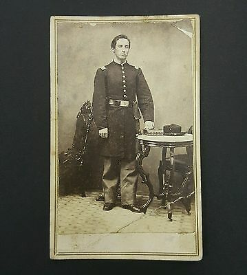 CIVIL WAR CDV Photo Union Soldier 2nd Lt. 8th Illinois Infantry Pekin IDENTIFIED