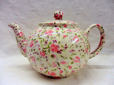 Special offer pink Lowestoft chintz 6 cup teapot by Heron Cross Pottery
