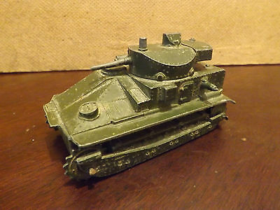 DINKY TOYS..151a MEDIUM TANK...FOR SPARES/REPAIRS...UNBOXED...