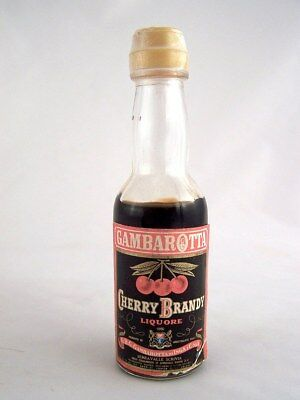 Miniature circa 1976 GAMBAROTTA CHERRY BRANDY LIQUEUR Isle of Wine