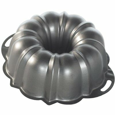 Nordic Ware Pro Form Anniversary Cake Pan 12 Cup Bundt Pans, New