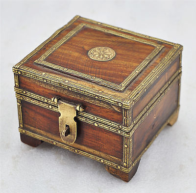 1950s Indian Vintage Hand Crafted Brass Fitted Small Wooden Jewellery Box