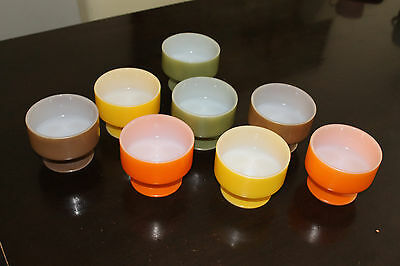 Vintage Dishes Bowls Usa X 8 Coloured Retro Heat Proof