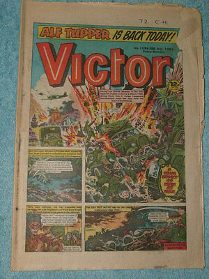 Collectors Victor Comics 30 Copies Various as detailed '82-'84 good condition