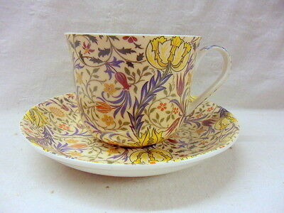 Large size breakfast cup and saucer in William Morris flora design