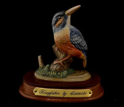 Kingfisher bird - well painted mantlepiece decorative ornament model
