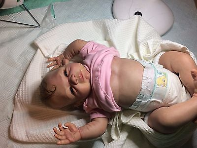 .. Beautiful-Lifelike-Reborn-Baby-Girl-Absolutely-Stunning.
