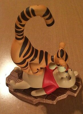 "Disney Pooh And Friends ""Friends Put a Bounce in Your Heart"" Figurine"